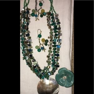 Jewelry - BUNDLE!!! Necklace, earrings and ring